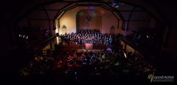 Photo of Friday's show by John Fearnall of Goodnoise photography.  I love his work - well worth a visit to www.goodnoise.ca