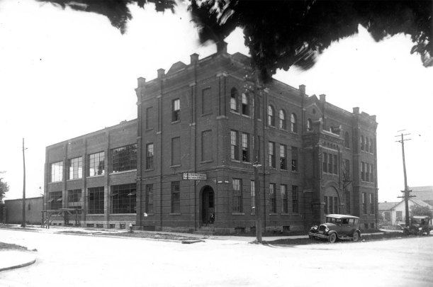 my studio is on the top floor of this building - three windows north, three east.  This picture shows the building's transformation from the Pacific Hotel into the Circle Bar Hosiery Factory circa 1927  (black blob at the top is a tree close to the camera, not a fire).  My mother's grandfather, Walter Keebler, was the factory owner.  At one point he employed over 200 women there.